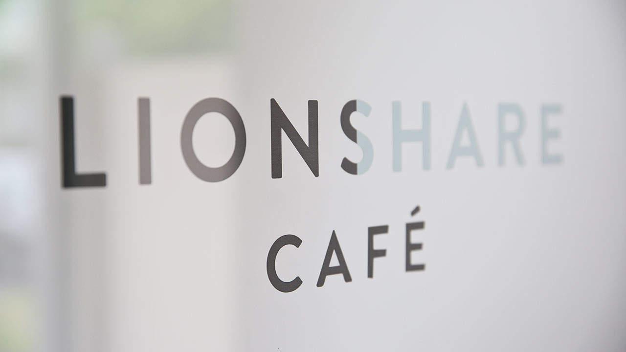 lionshare cafe melbourne